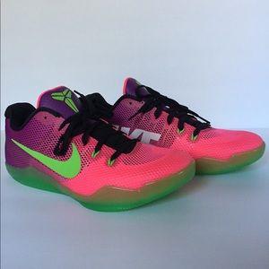 Nike Kobe XI 11 Mambacurial Brand New Mens Sz 10